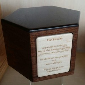 Urn, Memorial